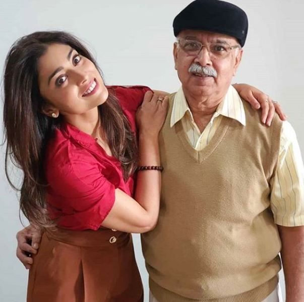 Shriya Saran with Her Father