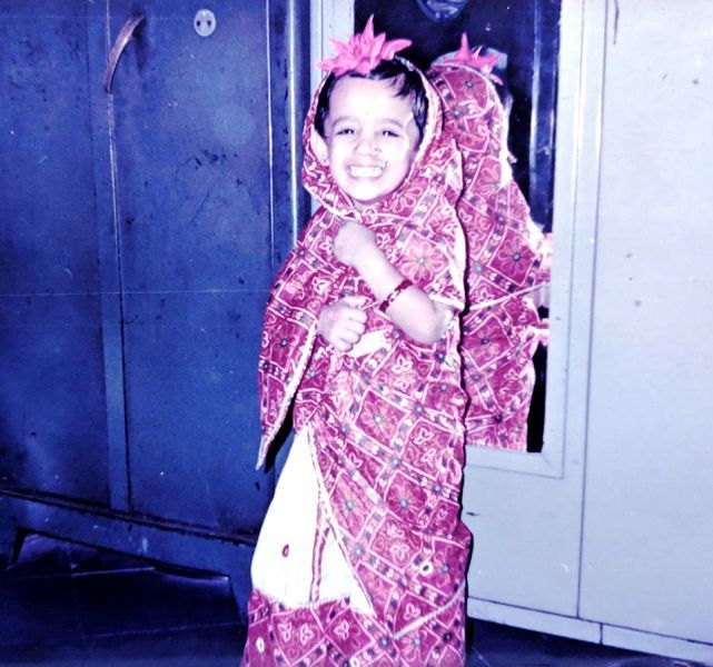 Spruha Joshi's Childhood Picture