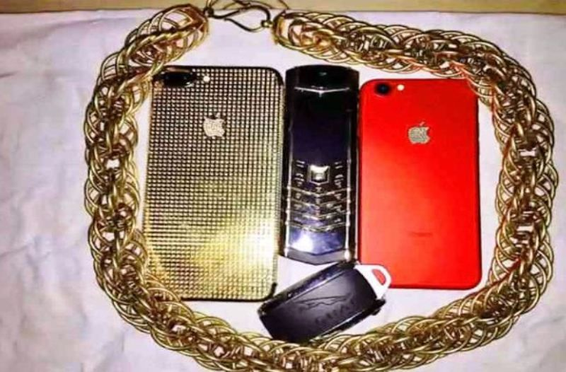 Sunny Waghchoure's Mobile Phone Collection