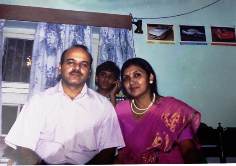 A Childhood Picture of Vaibhav Saxena With His Parents
