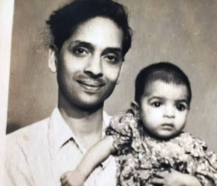 An Old Picture of Neena Gupta with Her Father