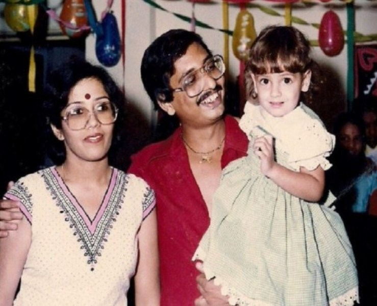 Dia Mirza with her step-father and mother