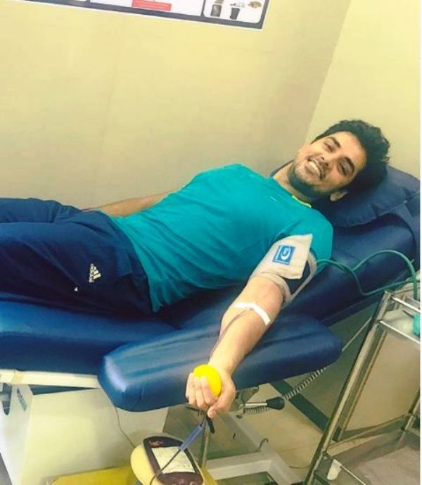 Harsh Nagar Donating Blood