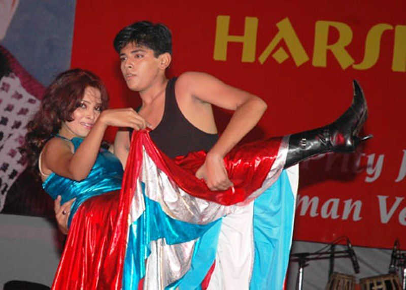 Harsh Nagar Performing Dance