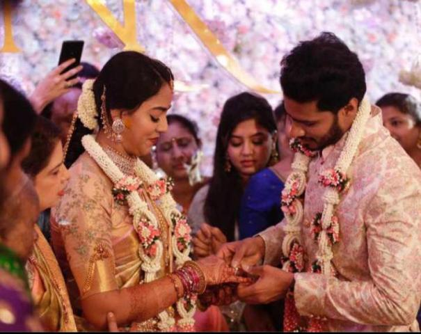 Nikhil Kumaraswamy's engagement picture with Revathi