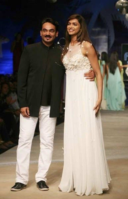 Wendell Rodricks with Deepika Padukone on Ramp