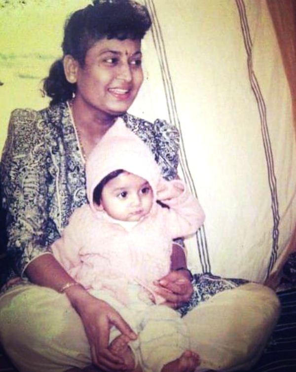 A Childhood Picture of Tejasswi Prakash With Her Mother