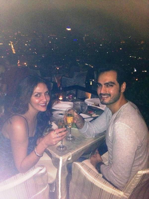 Esha Deol Drinking Alcohol