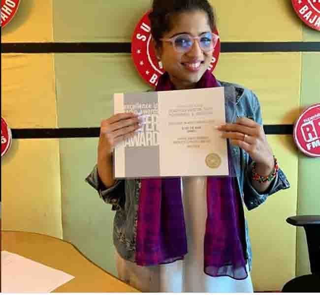 RJ Malishka with Indian Excellence in Radio Award