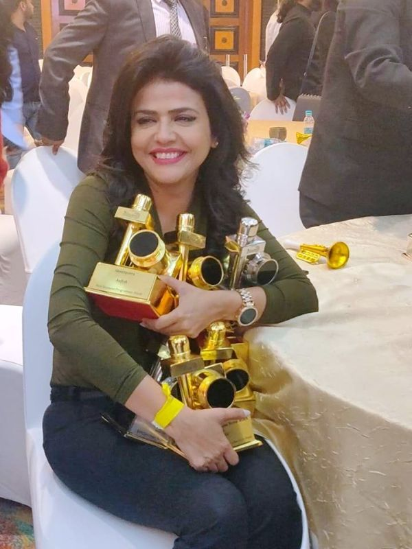 Sweta Singh With Her Awards