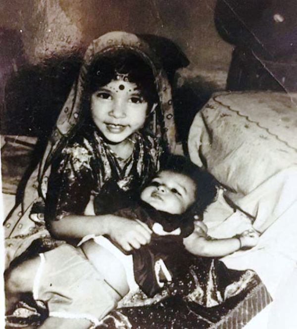 A Childhood Picture of Meenakshi Joshi With Her Sister
