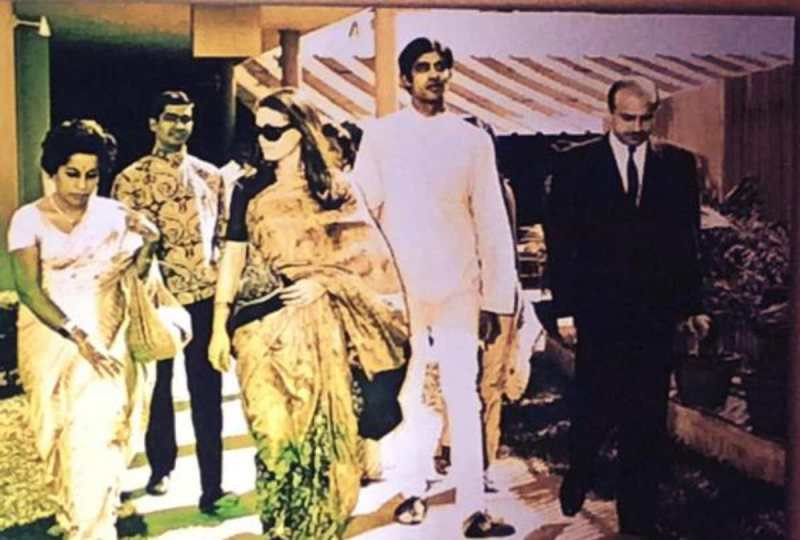 A Rare Photo of Teji Bachchan With Sonia Gandhi And Amitabh Bachchan