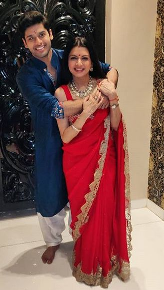 Abhimanyu Dassani and his mother