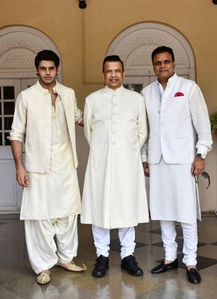 Abhimanyu Dassani with his father and grandfather