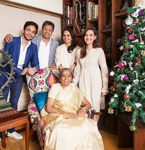 Anita Dongre's family picture