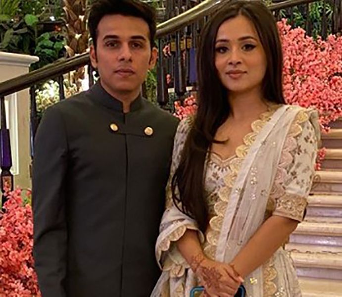 Anuv Jain with his Sister