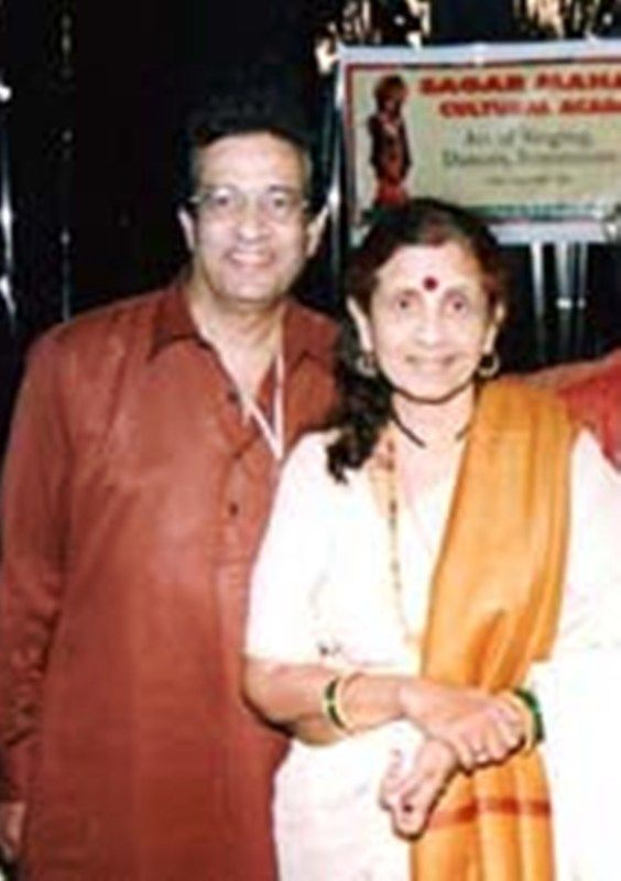 Jayshree Gadkar With Her Husband Bal Dhuri