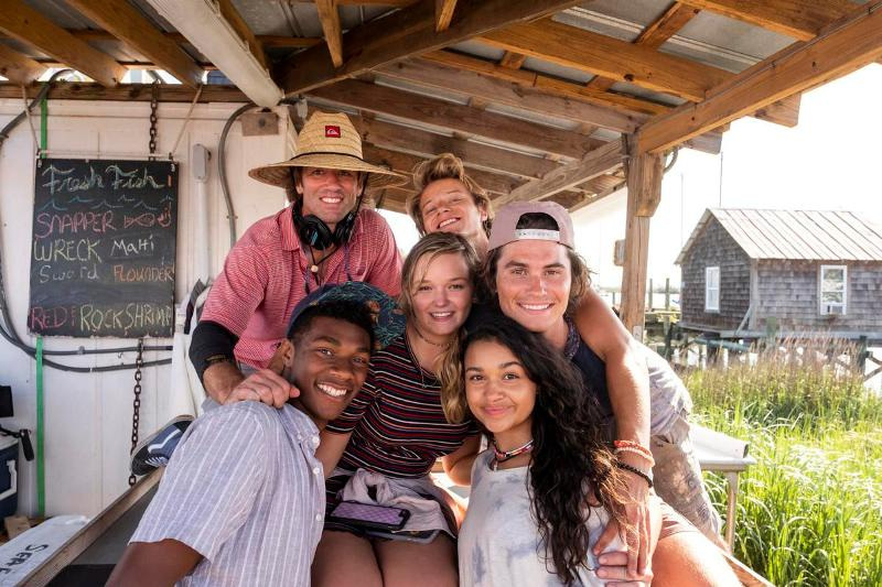 Chase Stokes Having a Good Time With His Costars of Outer Banks