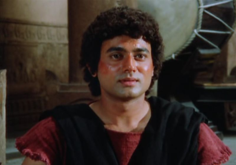 Nitish Bharadwaj in a still of Trishagni (1988)
