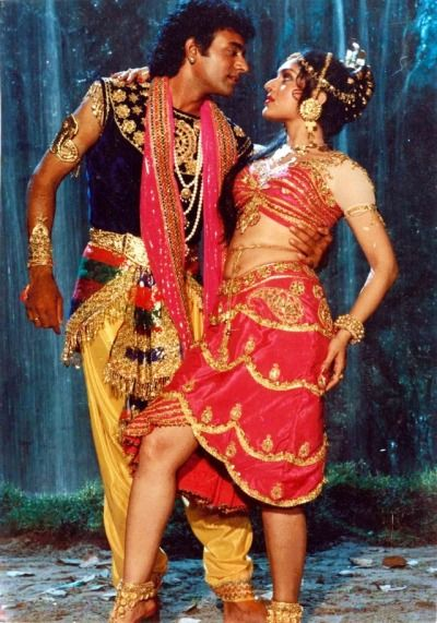 Nitish Bharadwaj with Meenakshi Seshadri in a still from Nache Nagin Gali Gali