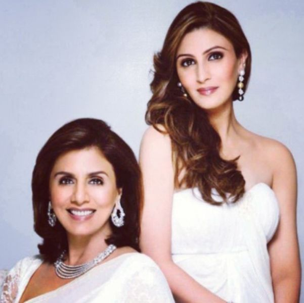 Riddhima Sahni with her Mother in a Jewellery Advertisement