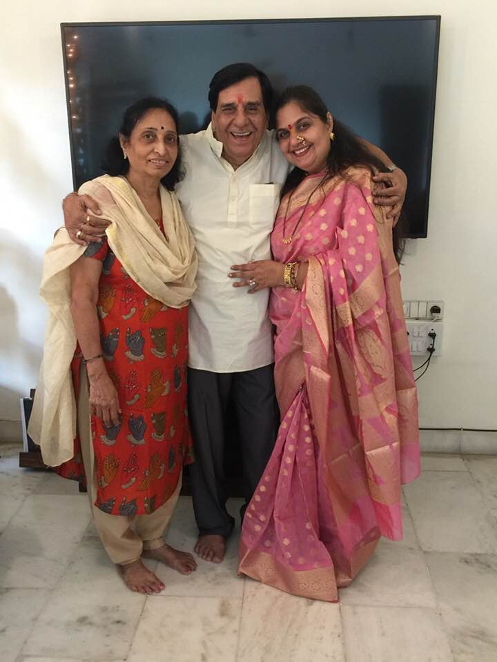Vandana Pathak With Her Parents