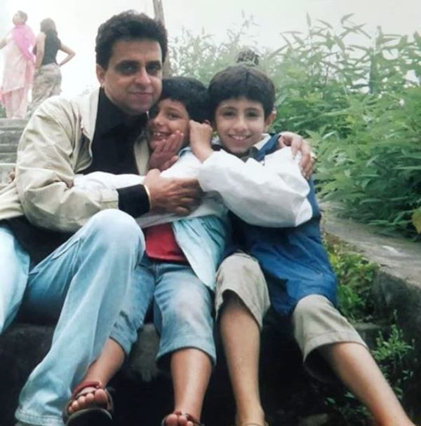 A Childhood Picture of CarryMinati With His Father and Brother