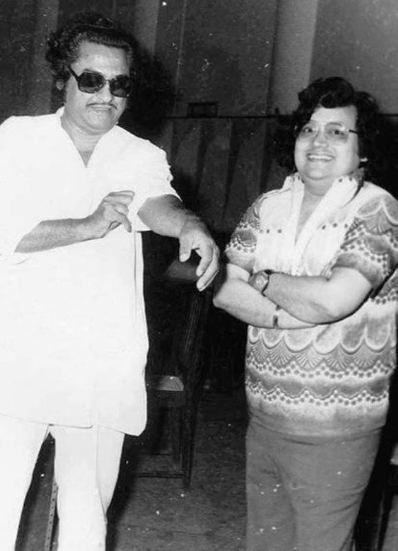 An Old Picture of Bappi Lahiri With Kishore Kumar