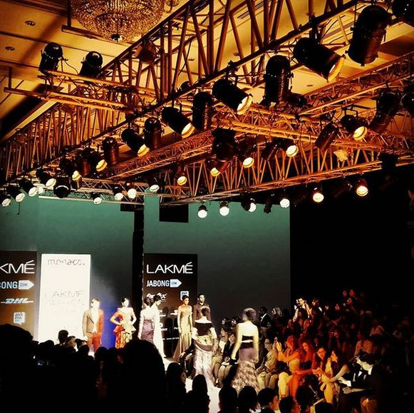 Anisha Victor walking the ramp at the Lakme Fashion Week