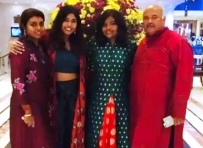Beela Rajesh (extreme left) With Her Husband and Daughters