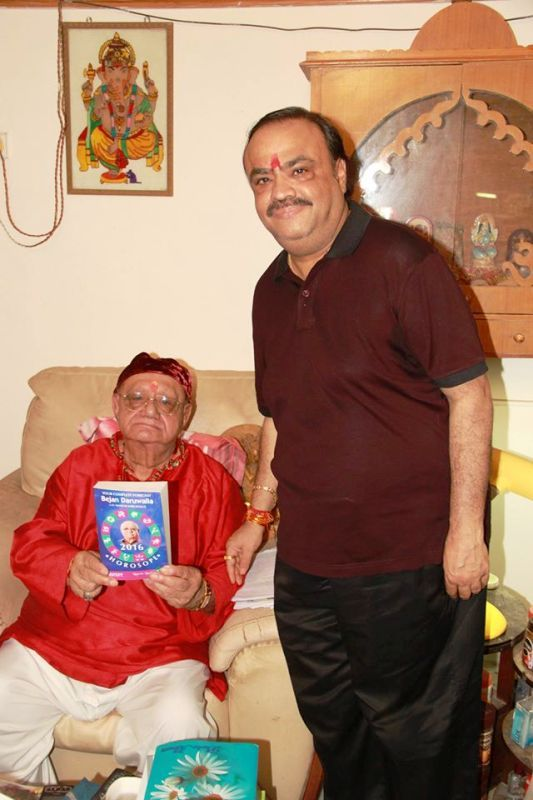 Bejan Daruwalla With His Son, Nastur