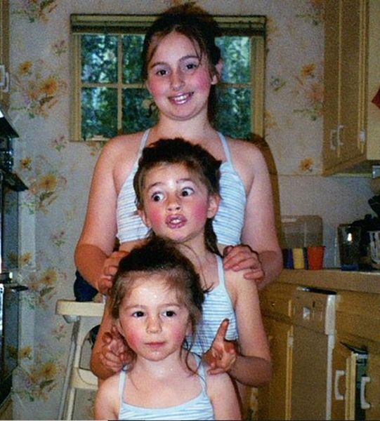 Childhood Picture of Diana Silvers with her sisters, Elizabeth and Sarah