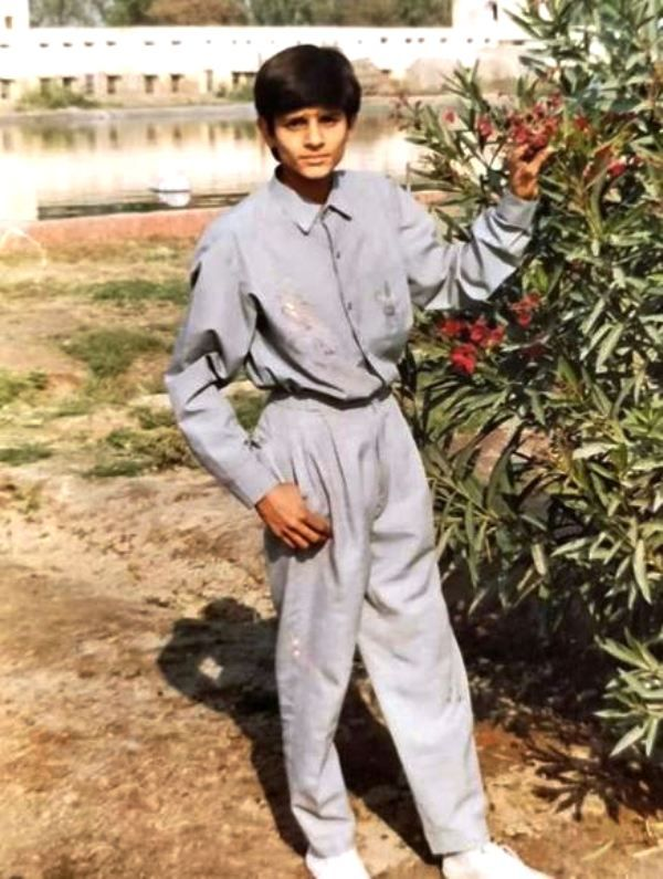 Jaideep Ahlawat's Childhood Picture