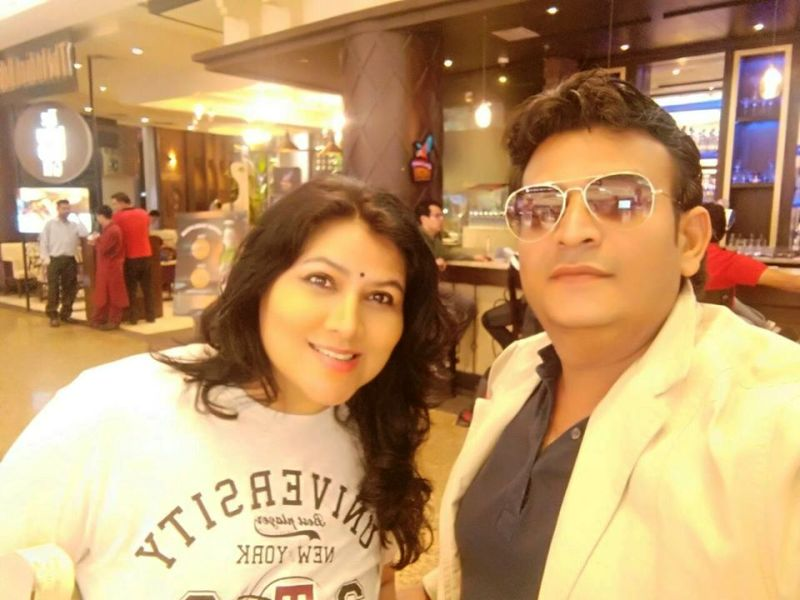 Pinky Parikh With Her Husband