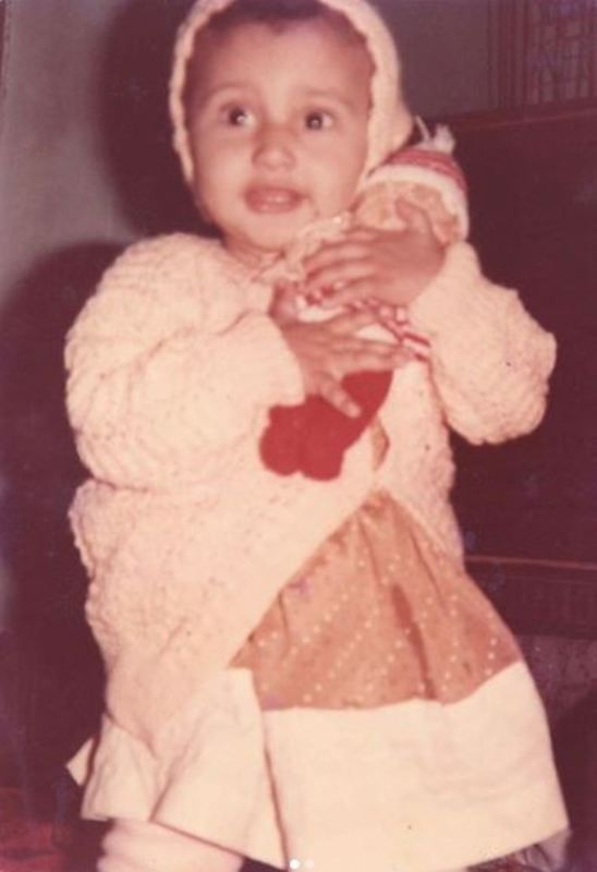 Ragini Khanna's Childhood Picture