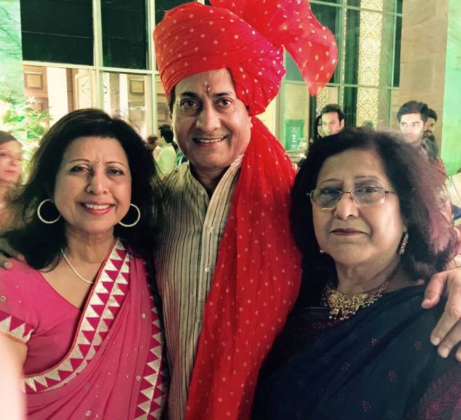 Sarvadaman D Banerjee With His Elder Sisters Roopali and Navneeta