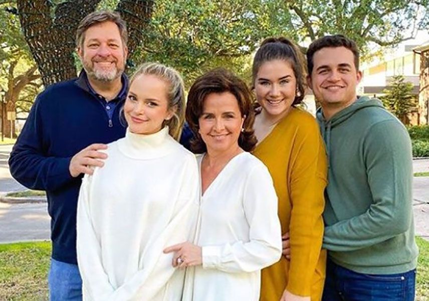 Stephanie Styles with her Family