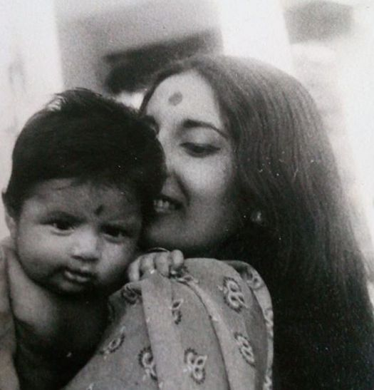 Suchitra Pillai's childhood picture