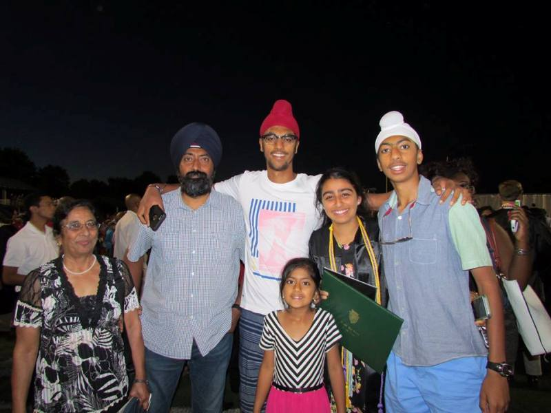 A family picture of Anmol Narang in 2015