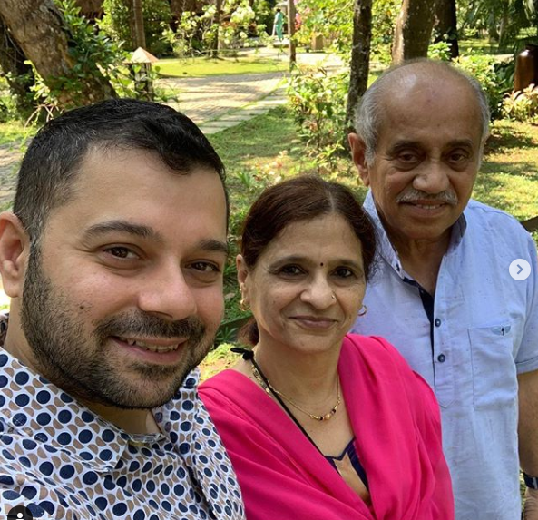 Mayuresh Kshetramade and his parents