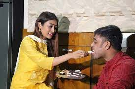 Paoli Dam with her brother