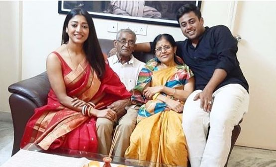 Paoli Dam with her family