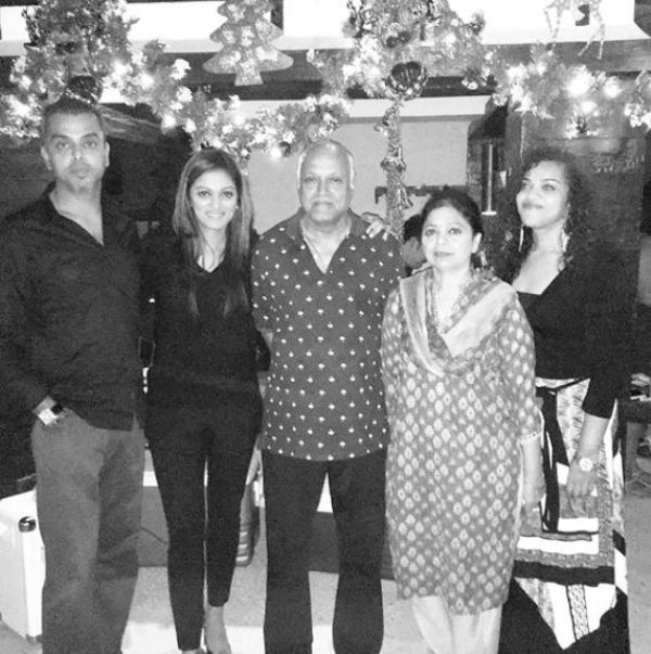 Pooja Shetty With Her Family