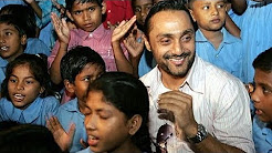 Rahul Bose working for his NGO, The Foundation