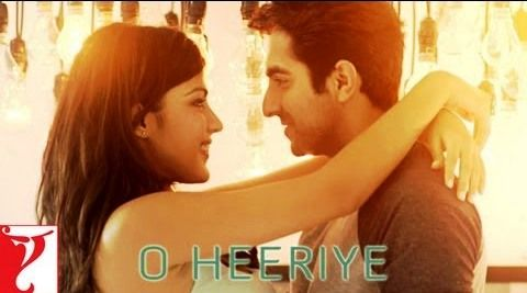 Rhea Chakraborty in O Heeriye