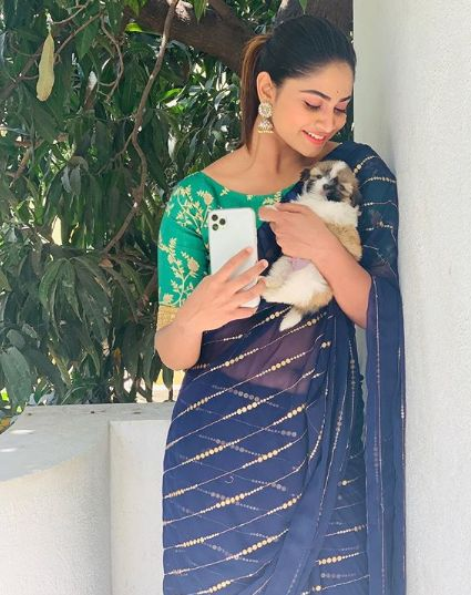 Shivani Narayanan with her pet dog