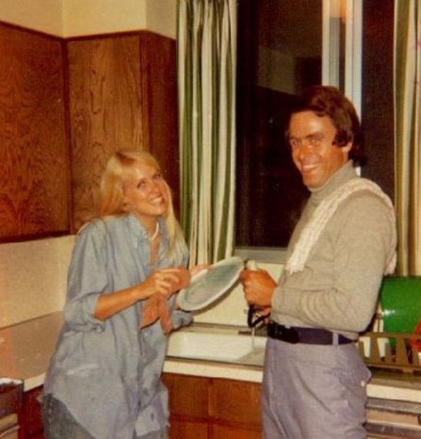 Ted Bundy in the Kitchen With a Neighbor