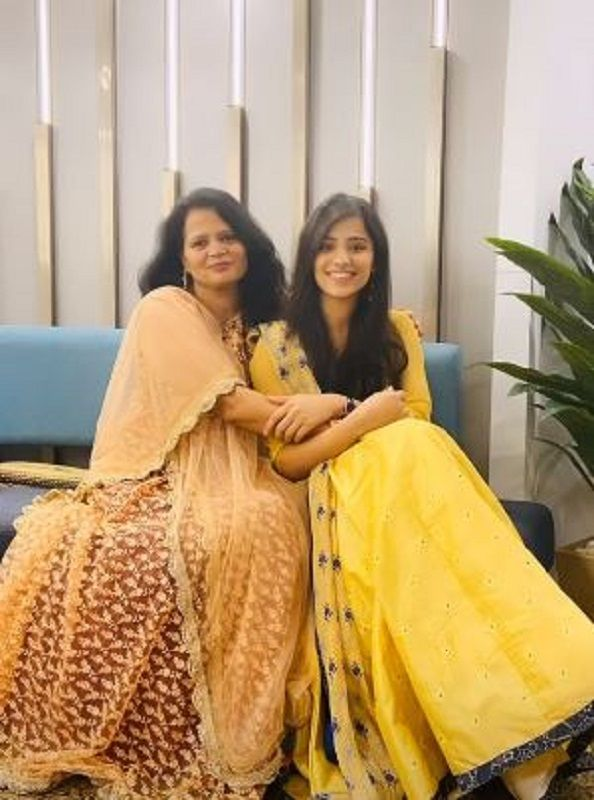 Dr Richa Negi and Her Mother