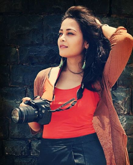 Kaveri Priyam doing photography