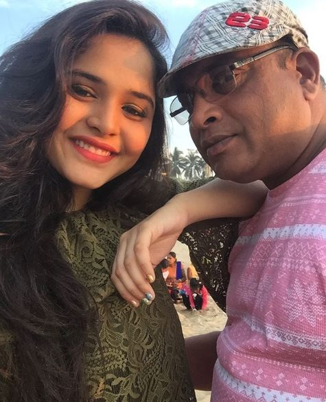 Muskan Bamne with her father